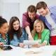 Un 32% de los jóvenes dedica más de 3 horas diarias a Internet