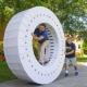 ¿Tienes 36 cajas de iMac? Pues crea una rueda gigante