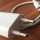 El 99% de los cargadores falsos de Apple pueden ser peligrosos