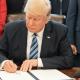 McDonald's publica un tweet asegurando que las manos de Trump son pequeñas