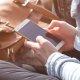 El botón negro que congela tu teléfono, una cadena viral que circula por WhatsApp
