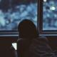 Cuidado con las pantallas: la luz azul puede dañar la vista