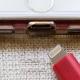 Apple tendría que eliminar el puerto lightning del iPhone en Europa